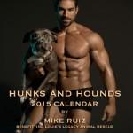 Calendário traz homens e cães pelos animais