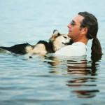 John Unger adota um novo cão
