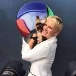 Xuxa ganha programa de adoção de animais na Record